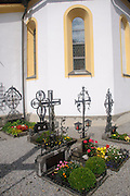 Austria, Tyrol The village of Gerlos, the cemetery at the church