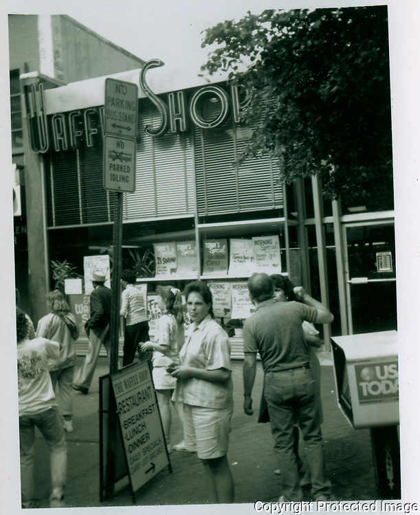 549 10th St NW<br /> Washington, District of Columbia. 1987