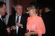 Paul and Alison Myners.  Skools Rool, fundraising event  for the Royal Academy Schools.  Burlington St. London. 14 March 2005. ONE TIME USE ONLY - DO NOT ARCHIVE  © Copyright Photograph by Dafydd Jones 66 Stockwell Park Rd. London SW9 0DA Tel 020 7733 0108 www.dafjones.com