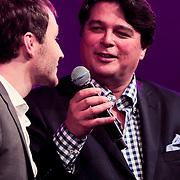 NLD/Huizen/20110916 - South Sea Jazz 2011, optreden The Very Next, zanger Paul van Kessel word geinterviwd door presentator Kent Hanson