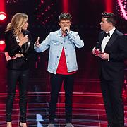 NLD/Hilversum/20180216 - Finale The voice of Holland 2018, Lil Kleine met Martijn Krabbe en Wendy van Dijk