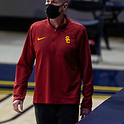 January 23 2021 Berkeley, CA  U.S.A. USC Trojans head coach Andy Enfield looks over California defense during the NCAA Basketball game between USC Trojans and the California Golden Bears 76-68 win at Hass Pavilion. Thurman James / CSM
