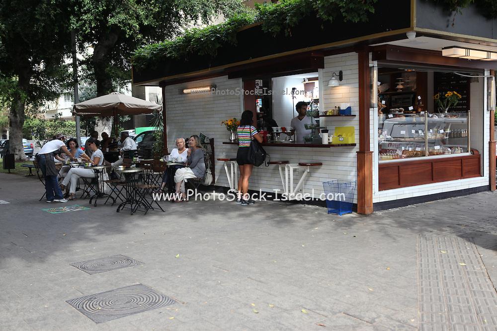 Israel, Tel Aviv, an outdoor coffee bar in Ben-Zion Boulevard