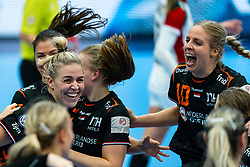 Jessy Kramer of Netherlands, Danick Snelder of Netherlands celebrate during the Women's EHF Euro 2020 match between Netherlands and Hungry at Sydbank Arena on december 08, 2020 in Kolding, Denmark (Photo by RHF Agency/Ronald Hoogendoorn)