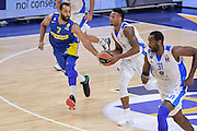 DESCRIZIONE : Eurolega Euroleague 2015/16 Group D Dinamo Banco di Sardegna Sassari - Maccabi Fox Tel Aviv<br /> GIOCATORE : MarQuez Haynes<br /> CATEGORIA : Passaggio Contropiede<br /> SQUADRA : Dinamo Banco di Sardegna Sassari<br /> EVENTO : Eurolega Euroleague 2015/2016<br /> GARA : Dinamo Banco di Sardegna Sassari - Maccabi Fox Tel Aviv<br /> DATA : 03/12/2015<br /> SPORT : Pallacanestro <br /> AUTORE : Agenzia Ciamillo-Castoria/L.Canu