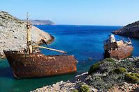 Grece, les Cyclades, ile de Amorgos, epave du bateau filmé dans Le Grand Bleu de Luc Besson // Greece, Cyclades islands, Amorgos, wreck of the boat from The Big Blue moovie
