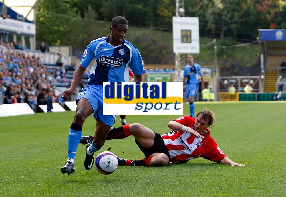 Photo: Richard Lane/Richard Lane Photography. Wycombe Wanderers v Brentford. Coca Cola Fotball League Two. Wycombe's Gavin Grant attacks.