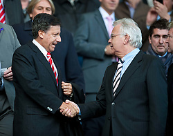 17.10.2010, Goodison Park, Liverpool, ENG, PL, Everton FC vs Liverpool FC, im Bild Liverpool's new owner owner Tom Werner alongside Everton chairman Bill Kenwright in the 214th Merseyside Derby match at Goodison Park, EXPA Pictures © 2010, PhotoCredit: EXPA/ Propaganda/ D. Rawcliffe *** ATTENTION *** UK OUT!