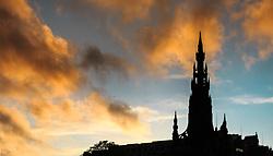 THEMENBILD - die Silhouette des Scott Monuments bei Sonnenuntergang, Edinburgh, Schottland, aufgenommen am 06. Juni 2015 // the silhouette of the Scott Monument at sunset, Edinburgh, Scotland on 2015/06/06. EXPA Pictures © 2015, PhotoCredit: EXPA/ JFK