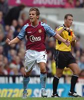 Credit: Back Page Images. Aston Villa v Crystal Palace, FA Premiership, 25/09/2004.  Lee Hendrie celebrates scoring the 1st goal for Aston Villa.