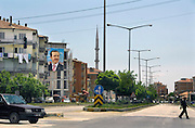Turkije, Aksaray, 6-6-2011Beeltenissen van de turkse premier Erdohan domineren het straatbeeld in de aanloop naar de verkiezingen voor het parlement op 16 juni.Foto: Flip Franssen