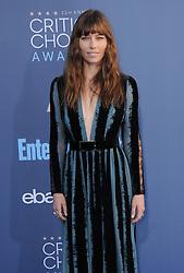 Jessica Biel  bei der Verleihung der 22. Critics' Choice Awards in Los Angeles / 111216