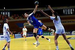 02-12-2012 HANDBAL: SLOVENIE - ISRAEL: APELDOORN .WK Kwalificatie toernooi WK 2013 Omnisportcentrum Apeldoorn / Ana Gros.©2012-FotoHoogendoorn.nl. (Photo by Ronald Hoogendoorn / Sportida)