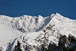 03.11.2010, Kals, AUT, Vermisstensuche am Grossglockner, 3 Polnische Alpinisten sind am Grossglockner in Bergnot geraten. Bei den bisher Vermissten handelt es sich um den Sohn (25) des am Sonntag tot aufgefundenen 53-jährigen Polen. Der zweite Vermisste ist 21 Jahre alt, es handelt sich um einen Freund des 25-jährigen. Die Leichen wurden im Gebiet des Lammereises in 3.600 Metern Höhe gefunden, im Bild Erzherzog Johann Huette, EXPA Pictures © 2010, PhotoCredit: EXPA/ P. Gruber