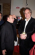 Victor Sebestyen and Henry Porter, Madness Visible by Janine di Giovanni, book launch,  Front Line club. 14 January 2004. © Copyright Photograph by Dafydd Jones 66 Stockwell Park Rd. London SW9 0DA Tel 020 7733 0108 www.dafjones.com