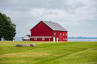 https://Duncan.co/red-barn-on-the-edge-of-lake-ontario