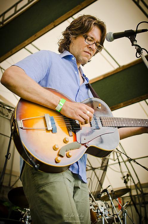 Scrapomatic's Paul Olsen performing at the 2012 Appel Farm Arts & Music Festival.