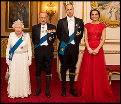December 8, 2016 - London, United Kingdom - Image Licensed to i-Images Picture Agency. 08/12/2016. London, United Kingdom. The Duchess of Cornwall, the Prince of Wales, Queen Elizabeth II, the Duke of Edinburgh and the Duke and Duchess of Cambridge at the annual evening reception for members of the Diplomatic Corps at Buckingham Palace, in London. Picture by i-Images / Pool (Credit Image: © i-Images via ZUMA Wire)