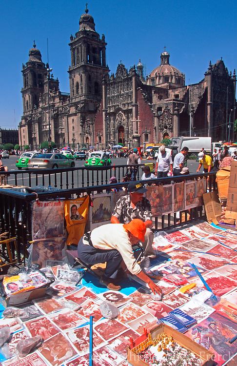 MEXICO, MEXICO CITY, ZOCALO vendors selling prints near Cathedral