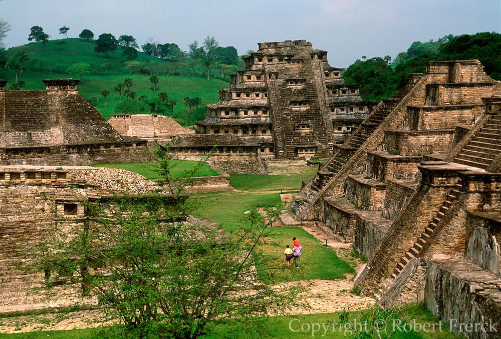 MEXICO, VERACRUZ CULTURE EL TAJIN, Pyramid of the Niches