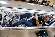 De show and shine met de schoolkinderen.<br /> De ochtendruns van de derde racedag. In Battle Mountain (Nevada) wordt ieder jaar de World Human Powered Speed Challenge gehouden. Tijdens deze wedstrijd wordt geprobeerd zo hard mogelijk te fietsen op pure menskracht. De deelnemers bestaan zowel uit teams van universiteiten als uit hobbyisten. Met de gestroomlijnde fietsen willen ze laten zien wat mogelijk is met menskracht.<br /> <br /> In Battle Mountain (Nevada) each year the World Human Powered Speed Challenge is held. During this race they try to ride on pure manpower as hard as possible.The participants consist of both teams from universities and from hobbyists. With the sleek bikes they want to show what is possible with human power.