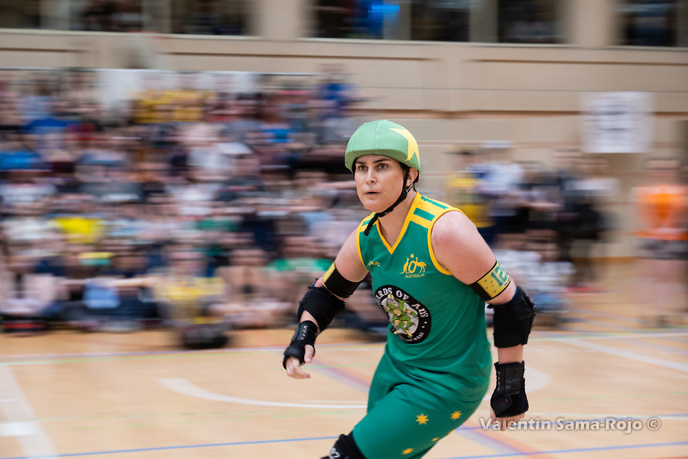 Barcelona, Spain. 07th April, 2018. England beats Australia 224 - 221 during the semifinal of the Men's Roller Derby World Cup. © Valentin Sama-Rojo.