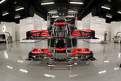 FORMEL 1: GP von Spanien, Barcelona, 08.05.2010<br /> Garage von McLaren, Illustration, Karosserie, Technik<br /> © pixathlon