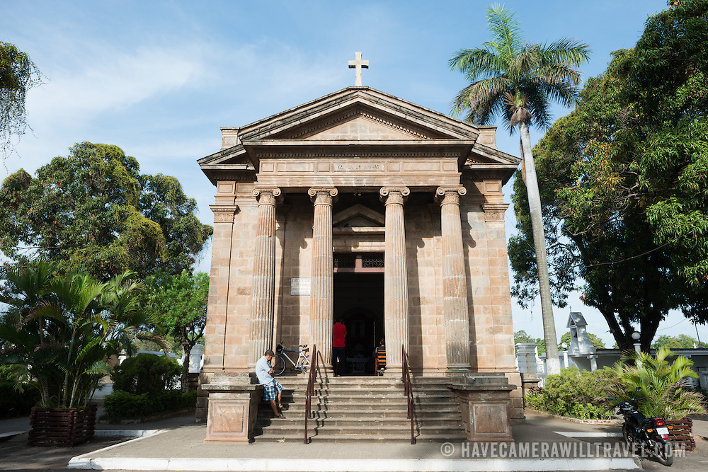A stone chapel, completed in 1922, stands near the entrance of Granada Cemetery. Granada Cemetery is Nicaragua's oldest cemetery and was, between the period 1876 and 1922, widely used as the final resting place of many of country's political and cultural elite, including six Nicaraguan presidents. Most of its tombs and mausoleums are above ground and in stark white stucco and marble.