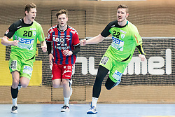 11.03.2017, Halle Hollgasse, Wien, AUT, HLA, SG INSIGNIS Handball WESTWIEN vs HC Fivers WAT Margareten, Oberes Playoff, 5. Runde, im Bild Sebastian Frimmel (SG INSIGNIS Handball WESTWIEN), David Brandfellner (HC FIVERS WAT Margareten), Julian Schiffleitner (SG INSIGNIS Handball WESTWIEN) // during Handball League Austria, 5 th round match between HC Fivers WAT Margareten and SG INSIGNIS Handball WESTWIEN at the Halle Hollgasse, Vienna, Austria on 2017/03/11, EXPA Pictures © 2017, PhotoCredit: EXPA/ Sebastian Pucher
