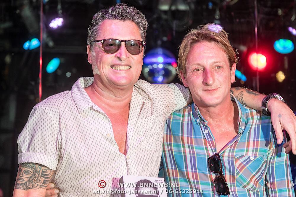 NLD/Amsterdam/20160831 - Boekpresentatie Barry Hay, Barry en schrijver Sander Donkers