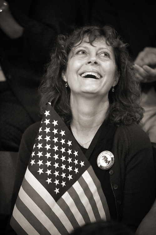 Actress Susan Sarandon hold an American flag at the Democratic National Convention in Denver, Co.
