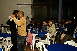 Fundada antes mesmo da abolição da escravatura, a Sociedade Floresta Aurora é o primeiro e mais antigo clube de negros do Brasil. Mensalmente, os associados se reúnem para confraternizar na sede do clube, localizada na zona sul de Porto Alegre. Foto: Lucas Uebel/Preview.com