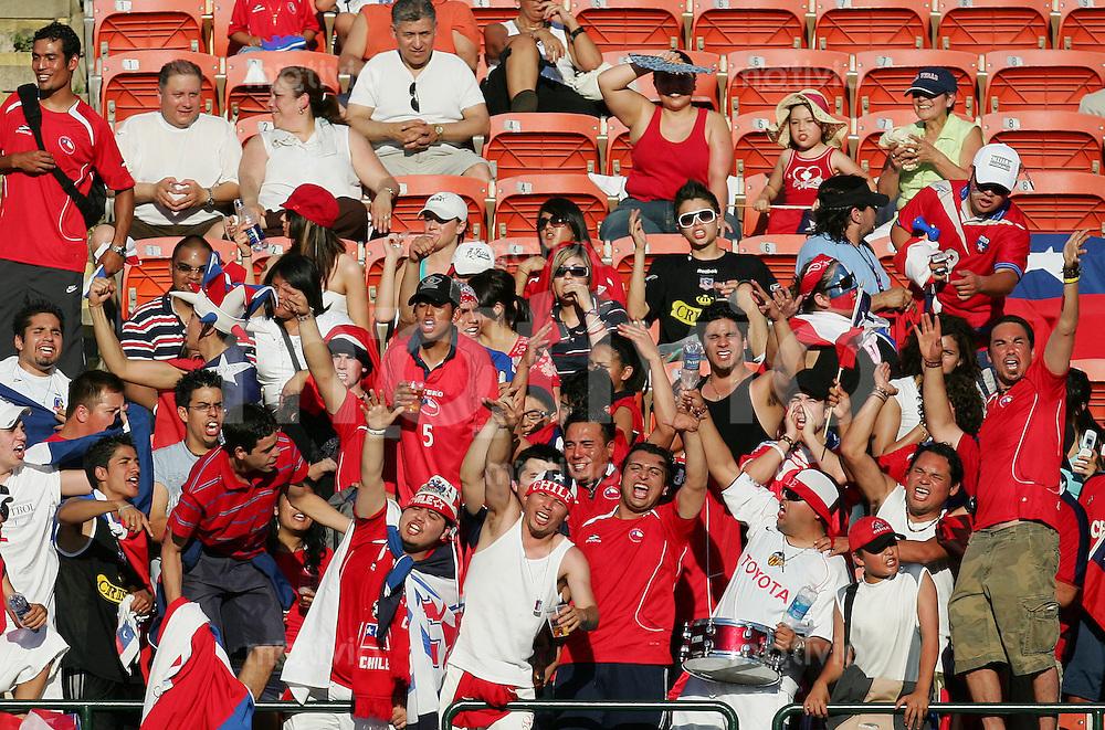 Fussball International U 20 WM  Chile vs Kongo Chilenische Fans.