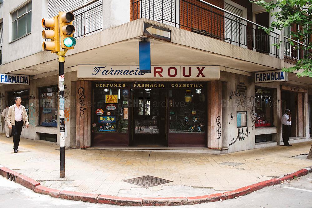 Le farmacie, con la legalizzazione della marijuana, saranno autorizzate per la vendita al cittadino. Montevideo, 14 dicembre 2015.  Christian Mantuano / OneShot