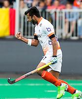 BRASSCHAAT (ANTWERP - Belgium) -  Manpreet Singh of India has scored during the Fintro Hockey World League Semi-Final match between the men of India and France (3-2) COPYRIGHT WORLDSPORTPICS KOEN SUYK