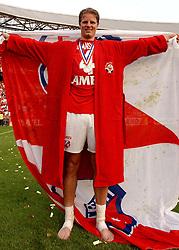 01-06-2003 NED: Amstelcup finale FC Utrecht - Feyenoord, Rotterdam<br /> FC Utrecht pakt de beker door Feyenoord met 4-1 te verslaan / Patrick Zwaanswijk