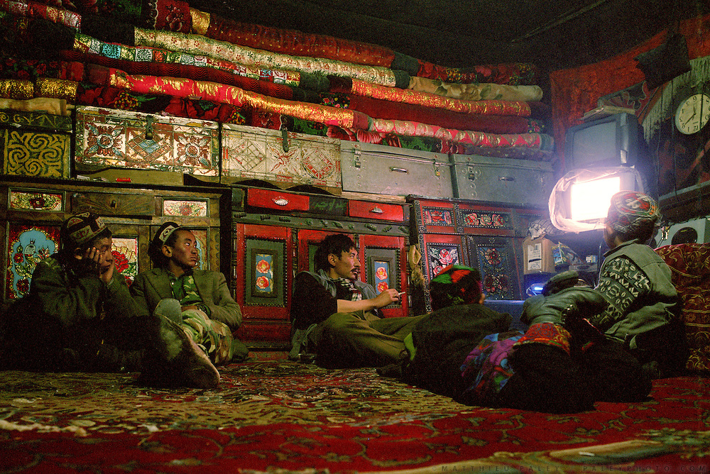 Sufi's place is one of the rare one to have a solar panel with a chinese battery to power enough electricity to run a DVD player and watch such things as karate film made in Kabul..Campment of Ortobil (Sufi), all the way at the end of the Little Pamir, near the Tajik/China border.