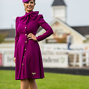 09.10.2016           <br /> The winner of the Keanes Jewellers Best dressed competition at Limerick Racecourse was Sharon Kennedy of Clareview Limerick who won a diamond pendent to the value of €4,000. Picture: Alan Place