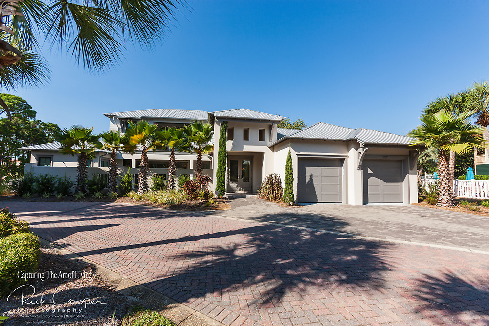 Exterior view of a Florida contemporary residence located in a Destin, Florida gated community