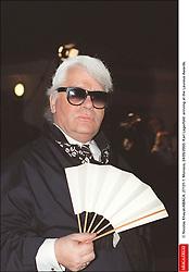 © Nicolas Khayat/ABACA. 27131-1. Monaco, 24/05/2000. Karl Lagerfeld arriving at the Laureus Awards.