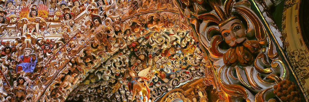 MEXICO, COLONIAL Santa Maria Tonantzintla Church