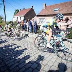 03-04-2016: Wielrennen: Ronde van Vlaanderen vrouwen: Oudenaarde  <br />OUDENAARDE (BEL) cycling  The sixth race in the UCI Womensworldtour is the ronde van Vlaanderen. A race over the famous Flemish climbs.<br />Lara Viecelli