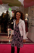 Diane von Furstenberg, Diane von Furstenberg<br /> shop opening, Ledbury Rd. 21 September 2003. © Copyright Photograph by Dafydd Jones 66 Stockwell Park Rd. London SW9 0DA Tel 020 7733 0108 www.dafjones.com