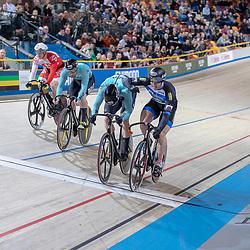 30-12-2018: Wielrennen: NK Baan: Apeldoorn<br /> Finale Keirin gewonnen door Harry Lavreijssen voor Mathijs Buchli en Roy van den Berg