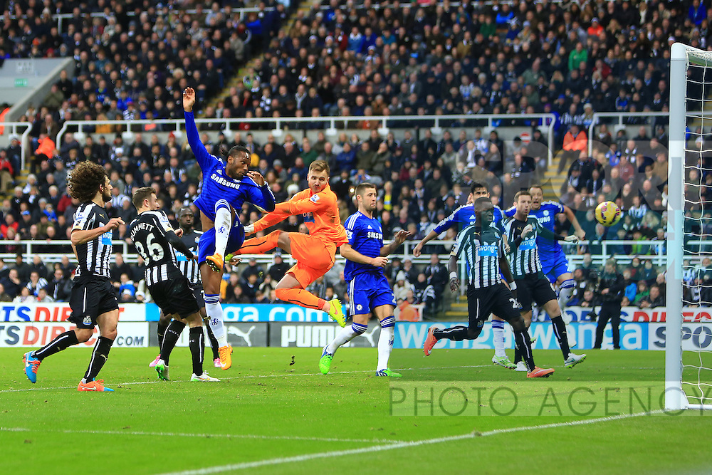 Didier Drogba of Chelsea scores his sides first goal - Newcastle United vs. Chelsea - Barclay's Premier League - St James' Park - Newcastle- 06/12/2014 Pic Philip Oldham/Sportimage