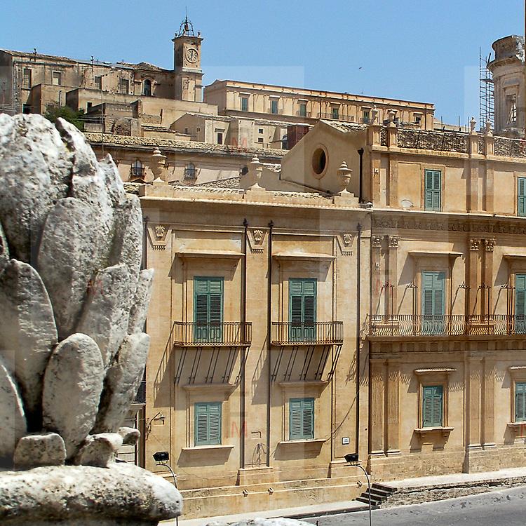 Noto il famoso paese tutelato dall'Unesco per l'architettura barocca...Noto, the famous village protected from Unesco for his baroque architecture.