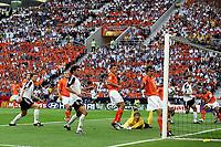 Fotball,Portugal, EM, Euro 2004, 150604, Tyskland-Nederland, <br /> Torsten Frings, Tyskland, scorer her 1-0 <br /> Photo: Digitalsport