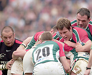 Leicester, Walker Stadium., Leicestershire, 5th April 2004, Heineken Cup, ENGLAND. [Mandatory Credit: Photo  Peter Spurrier/Intersport Images],Heineken Cup, Semi Final, Leicester Tigers vs Stade Toulouse, Walker Stadium, Leicester, ENGLAND: Louis Deacon [centre] hold the ball,supported by Martin Johnson, after winning the line out.