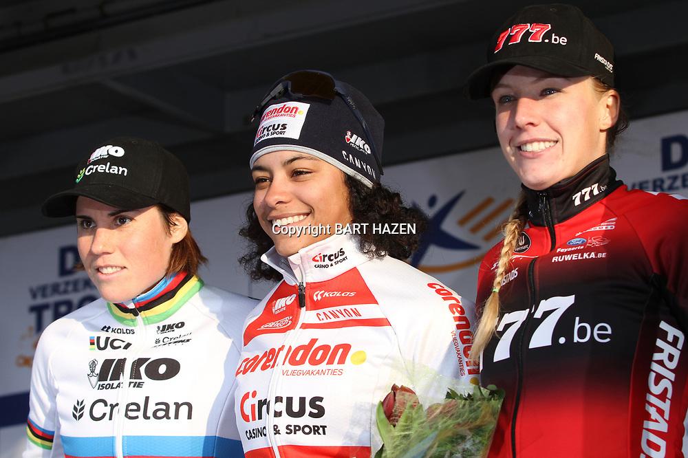 27-12-2019: Wielrennen: DVV veldrijden: Loenhout: Ceylin Alvarado: Sanne Cant: Annemarie Worst