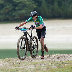 04-10-2020: Wielrennen: Geopark Classic: Gasselte<br />Robin Lowik